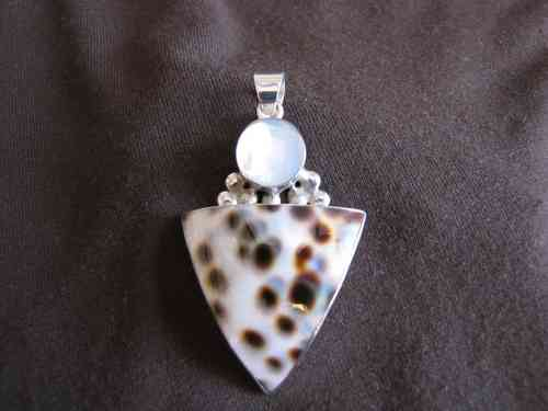 Silver White Mother of Pearl Pendant