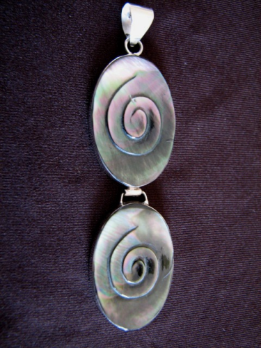 Silver Oval Mother of Pearl Pendant