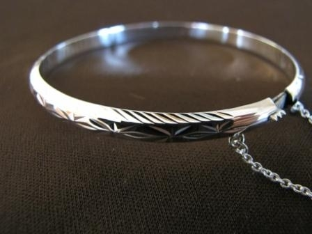 Silver Diamond Cut Bangle, Safety Chain