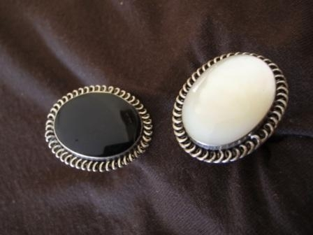 Oval Silver Black or White Ring