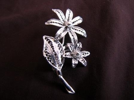 Silver Filigree Flowers Brooch