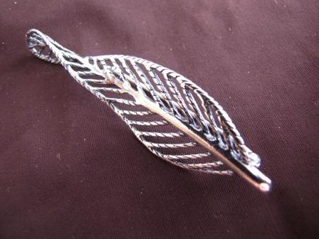 Silver Twist Leaf Brooch