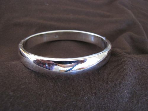 Silver Oval Plain Opening Bangle