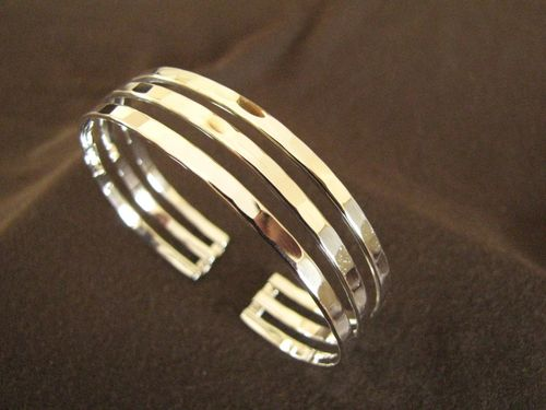 Hammered Silver 3 Strand Bangle