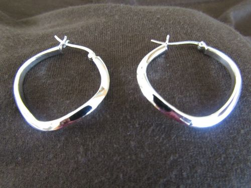 Silver WWavy Hoop Earrings